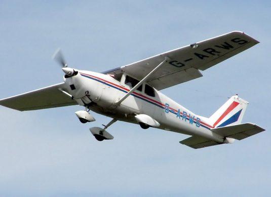 cessna-172-skyhawk-early-models-175-skylark-01